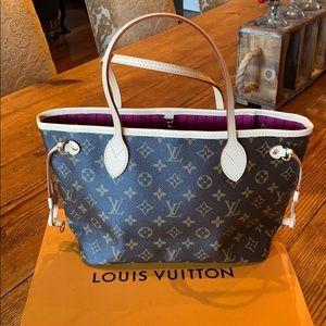 New Louis Vuitton Neverfull PM purse